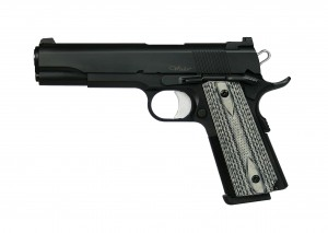 Dan Wesson Valor black photo