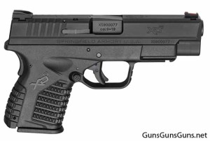 The XD-S 4.0 from the right, with the standard/flush magazine.