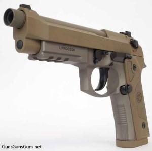 Beretta M9A3 left front photo